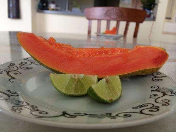 Papaya for brekkie