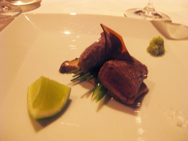 Grilled wagyu beef with lime and wasabi